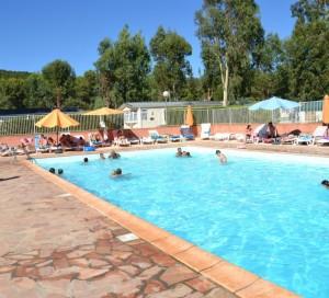 La piscine du Parc Valrose, camping en PACA